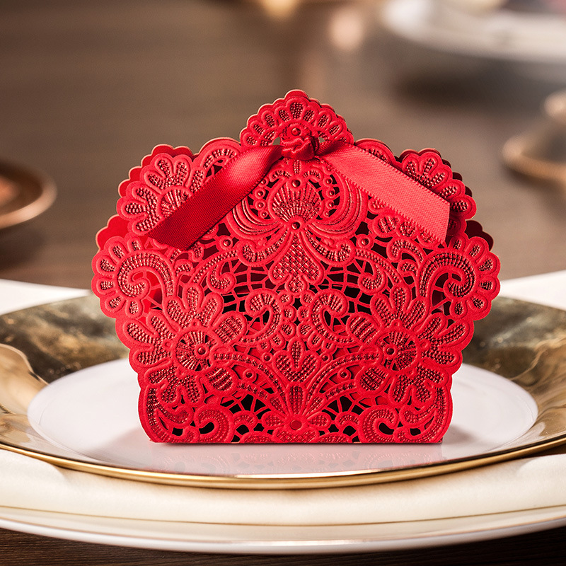 1pcs Laser Cut Favor Box Personalized Wedding Favors And
