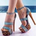 Azul En Relieve de Cuero de Las Mujeres Sandalias de Plataforma de Los Tacones Altos de Tobillo Correa de Una Correa Señoras Del Estilo Del Verano Del Dedo Del Pie Abierto Zapatos de Tacones Cuadrados