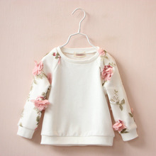 2016 Spring New female chind flower cotton stereo leisure hoodies baby girls round neck long sleeved turtleneck jacket
