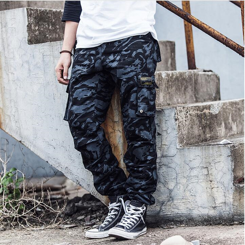 2018 New Brand Mens Spring Cargo Camouflage Pants Pencil Harem Pants Japanese Style MenS Classic Cargo Trousers For Men A3059