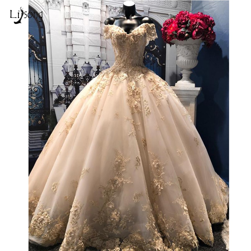 Dubai Light Champagne Lace Wedding Dress Appliques Floral Puffy Bridal Gowns Pearls Beaded Wedding Dresses Vestido