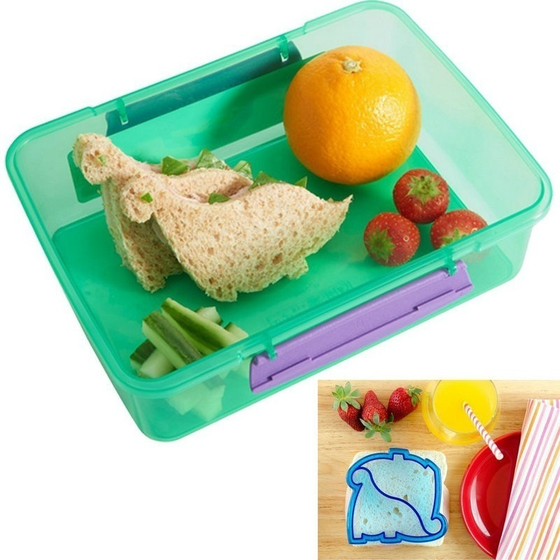 A Set of 10 Animal Shape Sandwich Mold Toast Cookies Cake Bread Biscuit Cutter Mould DIY Tools