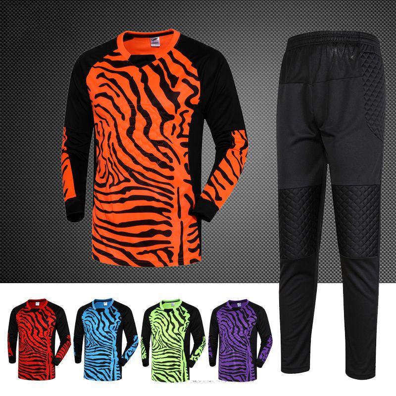 2018 nuevo rápido seco Niños niños hombres Fútbol entrenamiento Trajes  portero Jerséis Sets survetement fútbol Camisas uniformes Jersey en Juegos  de fútbol ... 7319a1574e029