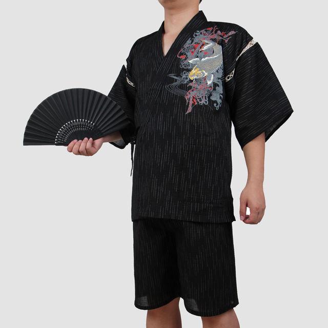 2018 Traditional Japanese Cotton Kimono Suit Men Short Sleeve Fish Patterned Pajamas summer style Yukata cosplay costume A52507
