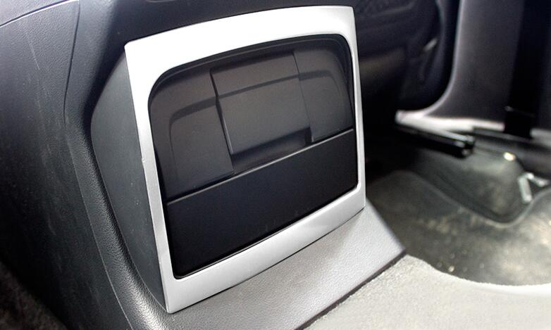 For Audi Q5 Interior Rear Armrest Air Conditioning Outlet panel decorative cover trim Car styling 3D sticker