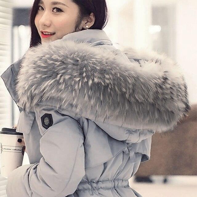 2015 Novas Mulheres Jaqueta de Roupas de Inverno Tamanho Grande Muito Elegante Casacos de Gola de Pele De guaxinim Quente Engrosse Mulheres Longo Inverno Para Baixo JX192