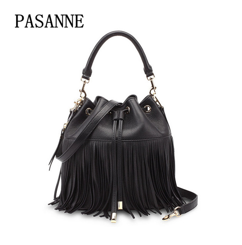 все цены на 2017 Genuine Leather Bucket Bag First Layer Tassels Female Fashion Handbag Bags Women Shoulder Bag онлайн