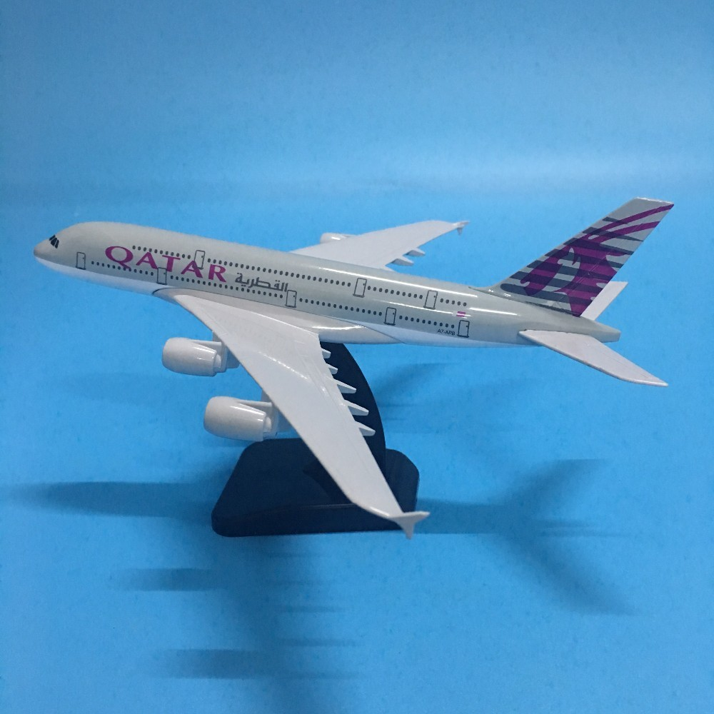 JASON TUTU 20cm Plane Model Airplane Model QATAR Airbus A380 Aircraft Model 1:200 Diecast Metal Airplanes Plane Toy Gift