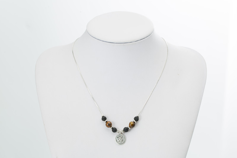 Black Natural Lava Stone Pendant Necklace For Women Beaded Chain Men Fashion Jewelry Statement