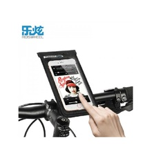 цена на Bike Phone Bag 6.0 inch Bicycle Touch Screen Pouch Full Waterproof DRY Bike Phone Holder Bags Accessaries Handlebar Bag