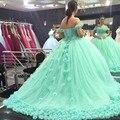 2017 Quinceanera Vestidos de Verde da Hortelã Vestidos de Baile Fora do Ombro corset venda quente sweet 16 vestidos de baile com a mão feito flores