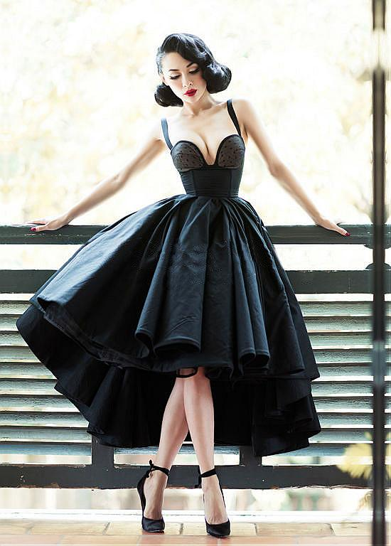 2019 New High Low Black Vintage   Cocktail     Dresses   With Straps Sexy Sweetheart Short Front long Back Satin Vintage Party Gowns