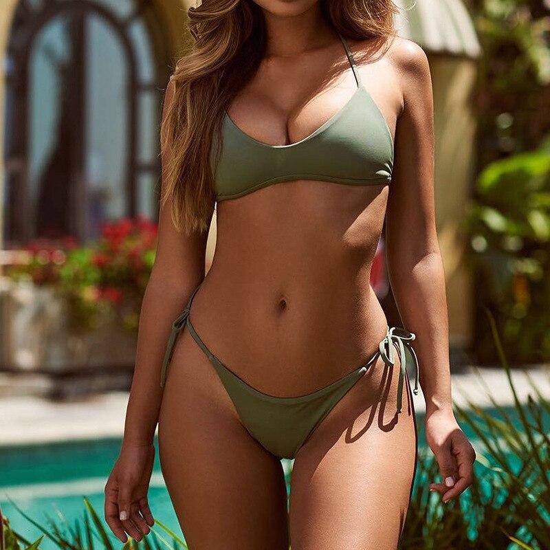 Sexy bikinis — pic 5