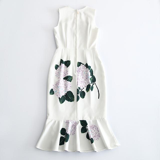 Three-dimensional flower fishtail print dress