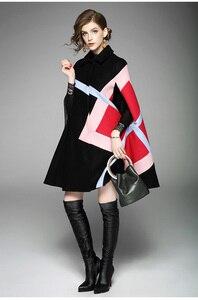 Image 2 - חדש 2019 אופנה נשים חורף מעיל גיאומטרי תבנית עטלף שרוול צמר חם גלימת שכמיות שכמיית מעיל צמר תערובות הלבשה עליונה