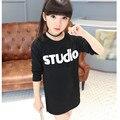 Детские костюмы Девушки футболка Дети новое прибытие удлиняет футболка с длинным рукавом печати Футболка детская одежда Черные футболки Белый