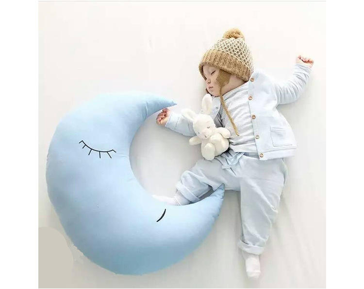 Moon Hug Baby Nordic style Feeding Nursing Sleeping Comforting Doll Plush Stuffed Child Toys Birthday Xams Gift Dash Pillow brand new original replacement chorme housing halogen headlights for toyota camry 2007 2009