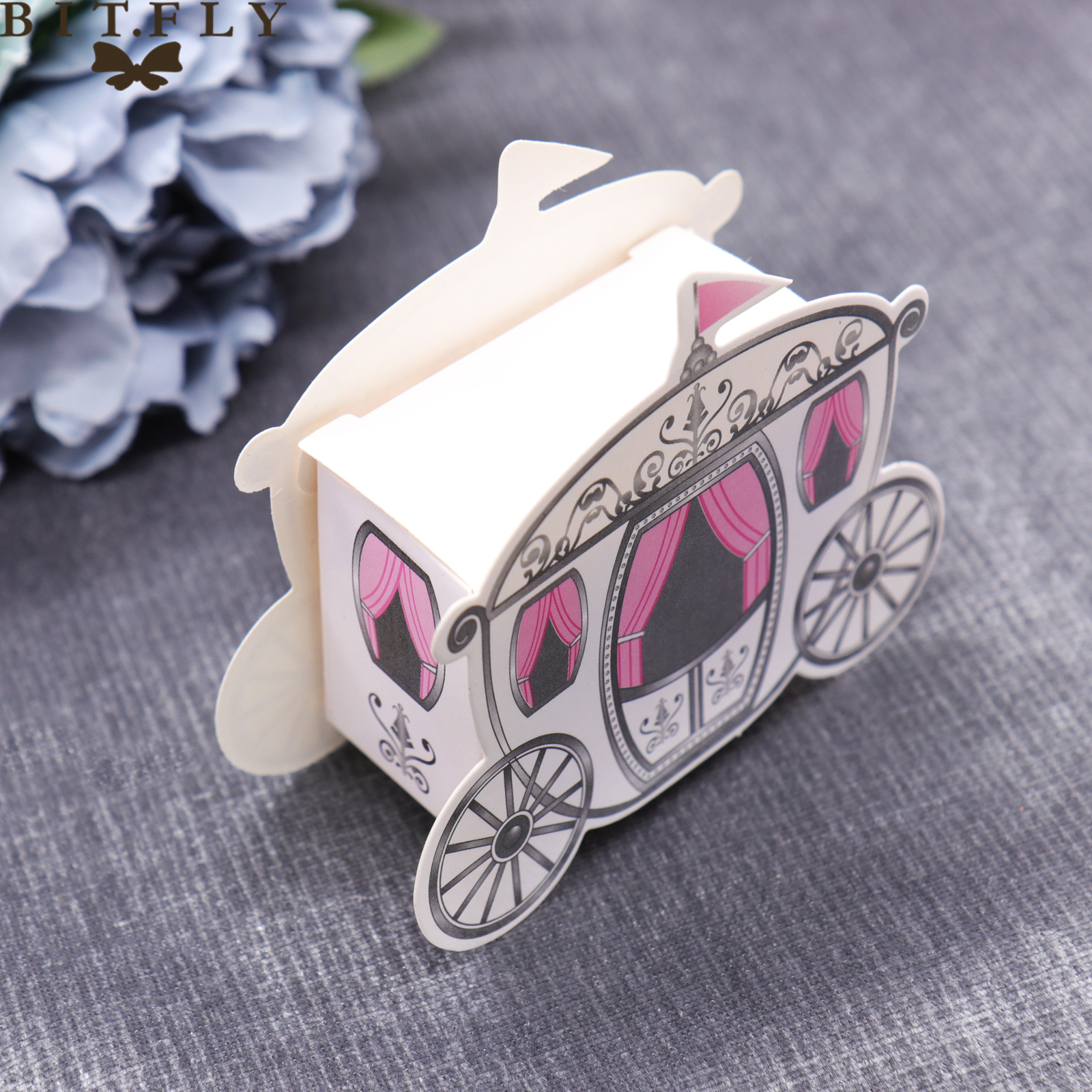 10 Pcs Fairy Tale Pumpkin Carriage Wedding Candy Box Marriage Charm Shower Favor Candy Boxes Wedding Party Package Paper Box