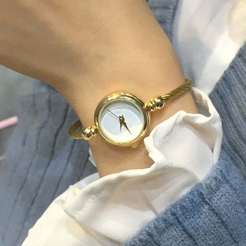 2018 New Vintage Bracelet Watch Stainless Steel Exquisite Women Watches Luxury Ladies Dress Clock Quartz Watch Relogio Feminino vintage silver quartz watch fashion stainless steel luxury women watches rhinestone ladies bracelet watches relogio feminino