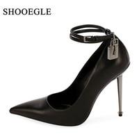Shooegle/женские туфли лодочки; модная обувь для подиума с ремешками на высоком каблуке; пикантная обувь с острым носком на тонком каблуке; Клуб