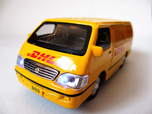 Accidnetal 1 Alloy Jinbei Car Dhl Transport Truck Warrior Plain Car