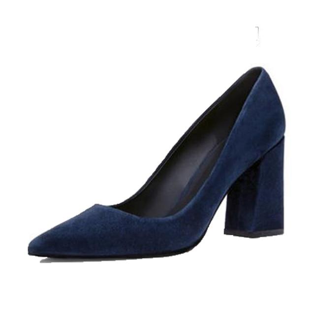 9ed17be06caf Модные тонкие туфли на толстом каблуке с острым носком, женские офисные  туфли из натуральной кожи