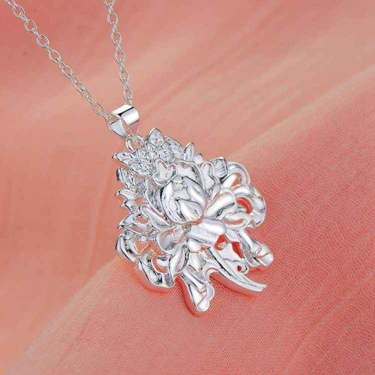 Joyería al por mayor Chapado en plata joyería de moda COLLAR COLGANTE WN1829