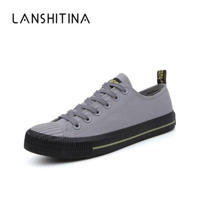 3ad83874b2ce38 2018 D'été De Mode Hommes de Vulcaniser Chaussures Noir Blanc Hommes de  Plat Chaussures