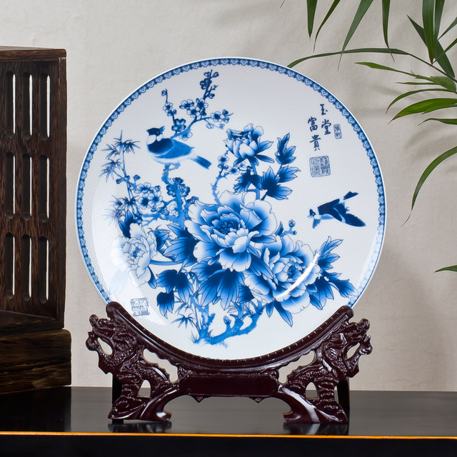Jingdezhen Ceramic Blue and White Wealth Plate Porcelain Decorative Plate Metope For Living Room Hotel & Jingdezhen Ceramic Blue and White Wealth Plate Porcelain Decorative ...