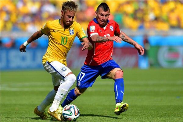 Neymar Poster Neymar JR Posters <font><b>World</b></font> <font><b>Cup</b></font> Wall Sticker Soccer Ball Wallpapers Canvas Prints Barcelona Football Stickers #<font><b>1974</b></font>#