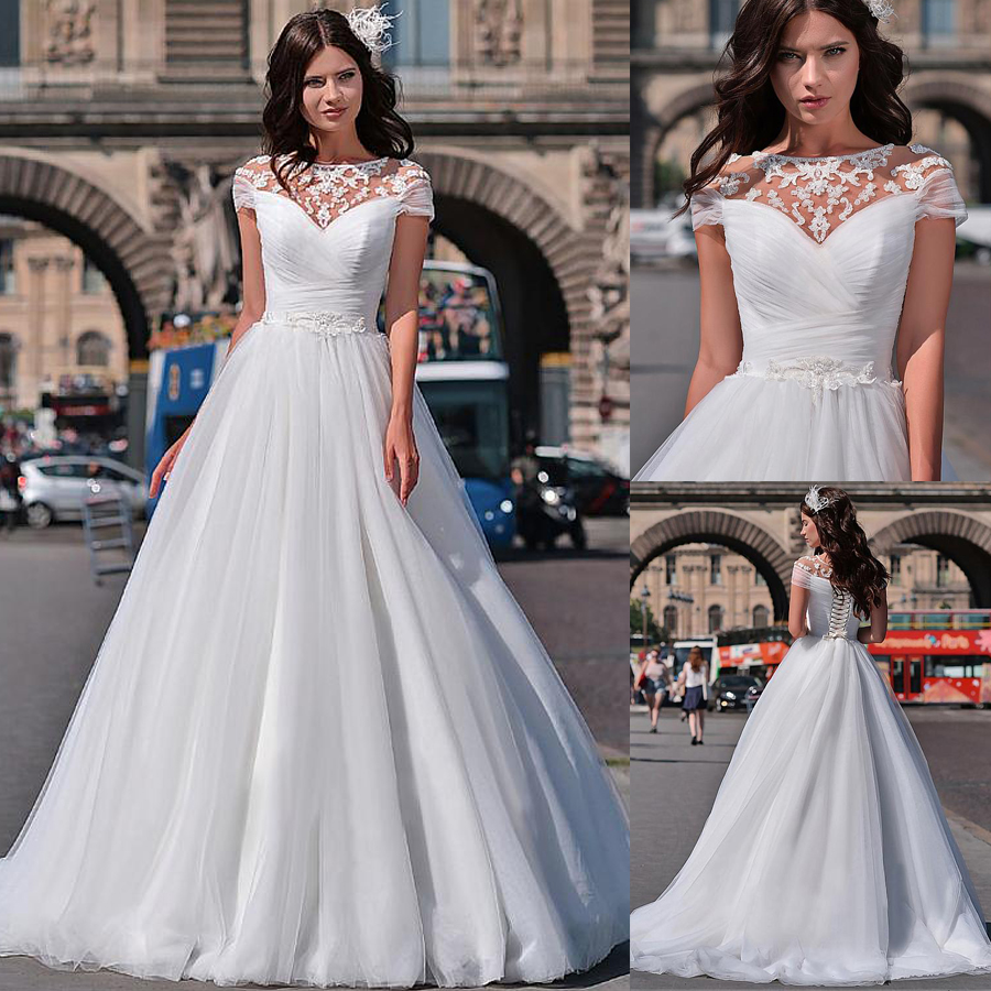 Wonderful Tulle Jewel Neckline A line Wedding Dresses With Beaded Lace Appliques Short Sleeves Bridal Dresses