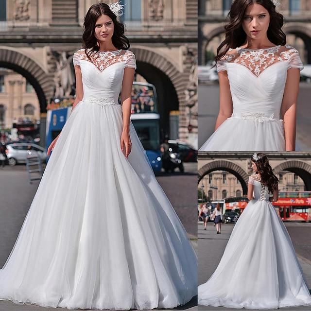 נפלא טול תכשיט מחשוף אונליין חתונת שמלות עם חרוזים תחרת אפליקציות שרוולים קצרים כלה שמלות תחרה שמלה
