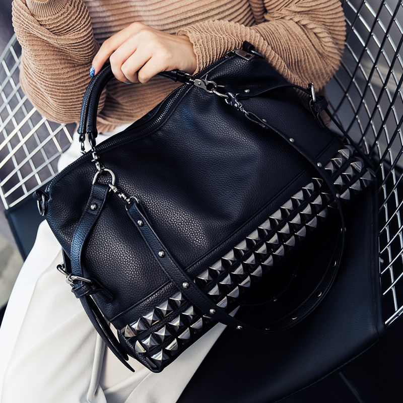 Famous Brand Bag Rivet Pu leather Shoulder Bags Designer Handbags High Quality Vintage Large Casual Tote Bag Sac A Main A151 Сумка