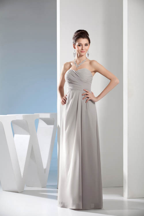 4af6f6c343a Robe Demoiselle D honneur Sexy Backless Long Bridesmaid Dresses Elegant  Cheap Sweetheart Neck Chiffon Wedding Guest Dress