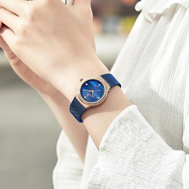 Women's Luxury Round Quartz Watch