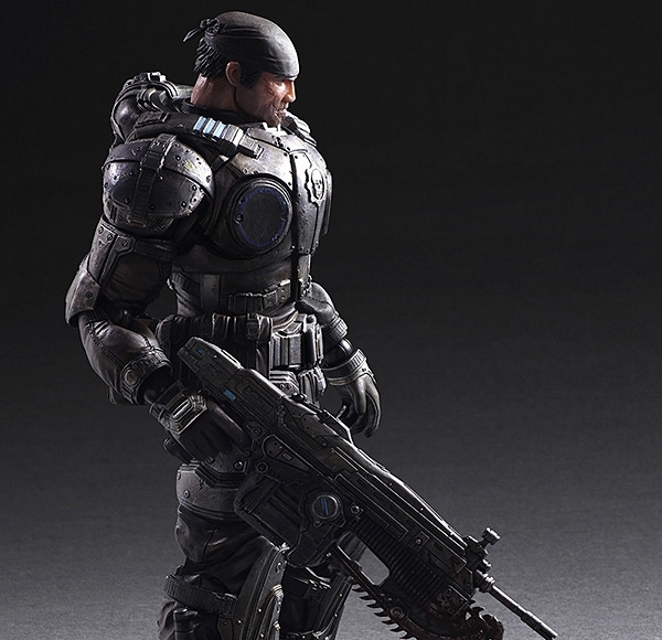 Фигурка Маркус Феникс Gears of War 27 см Play Arts 1