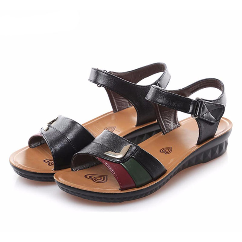 2017 mother summer sandals female middle-aged and old women's shoes with flat flat shoes with big yards soft bottom middle-aged timetang summer new middle aged soft leather mother sandals soft bottom elderly large size flat woman non slip sandals c212