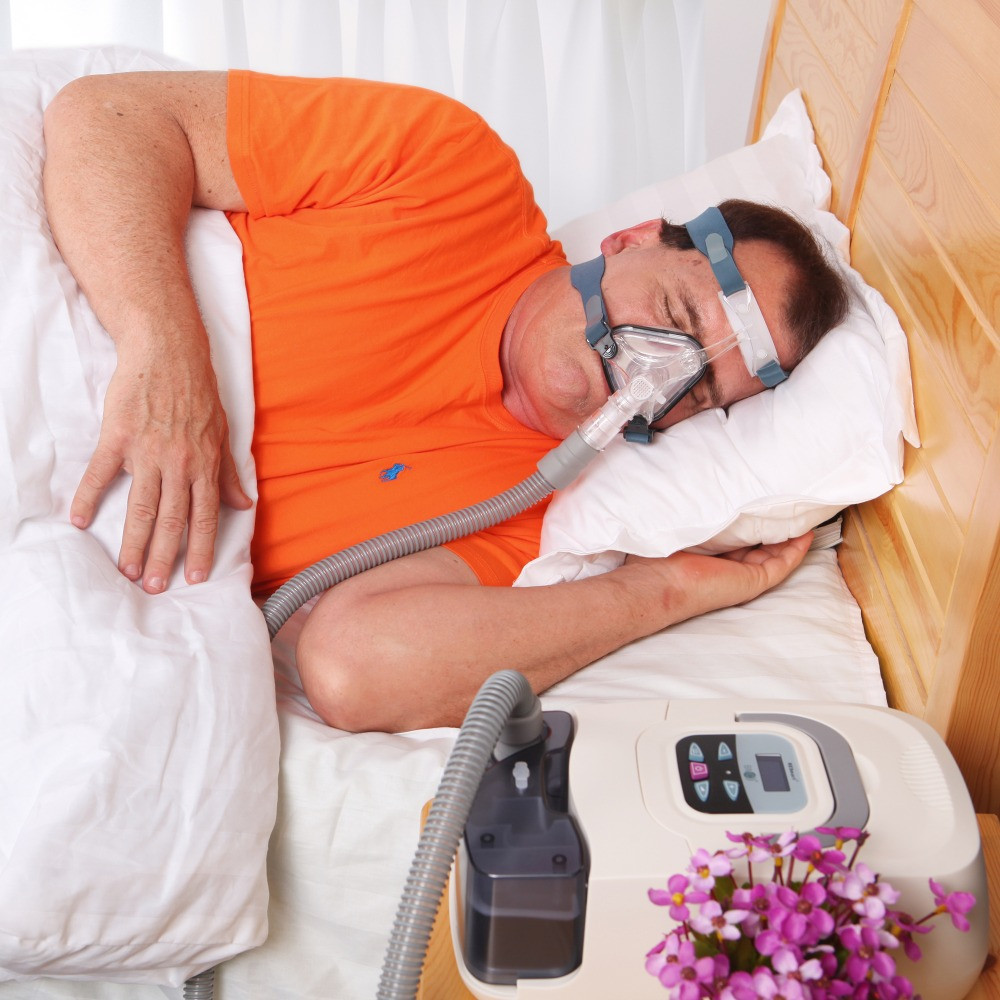 BMC-GI-CPAP-Machine-With-Humidifier-And-Nasal-Mask-Size-S-M-L-For-Anti-Snoring 1