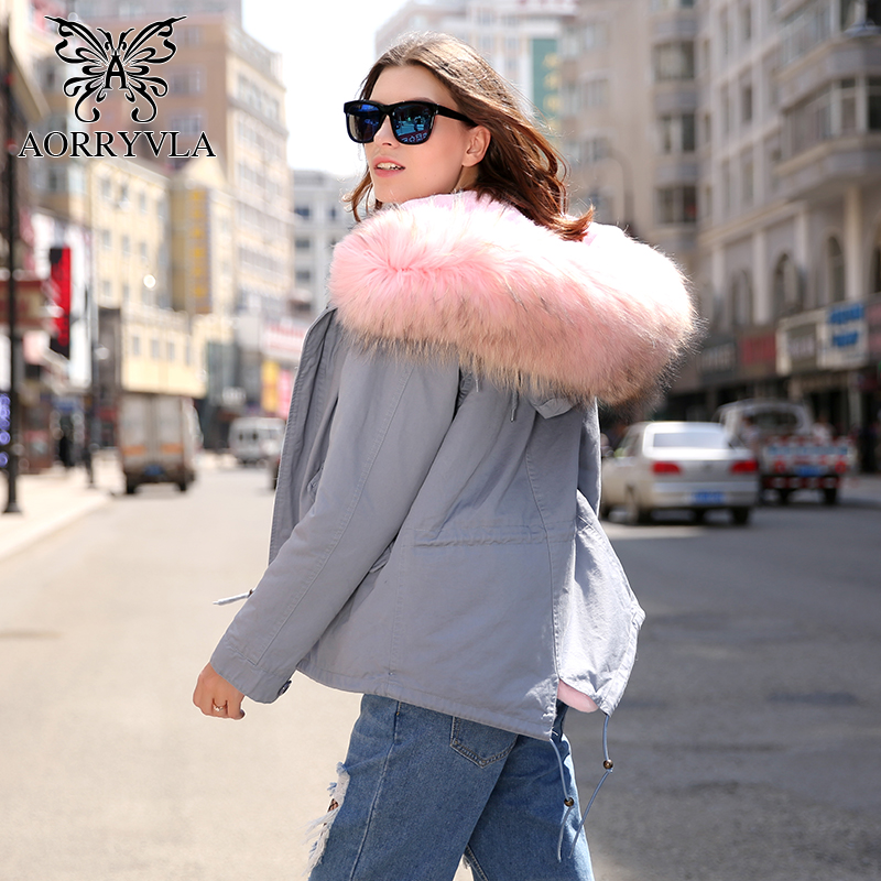 AORRYVLA 2018 New Winter Women   Parka   Short Natural Real Raccoon Fur Collar Hooded With Detachable Faux Fur Lining Warm Jacket