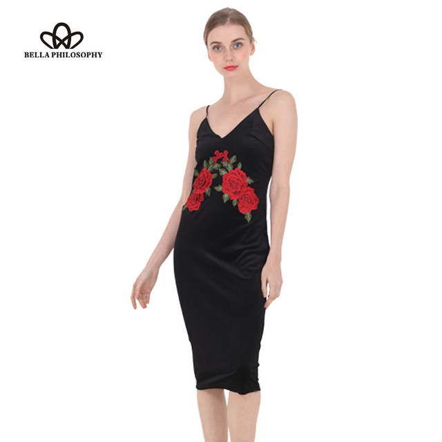 Bella philosophy otoño invierno retro sexy flor roja bordada de terciopelo negro tirantes cami bodycon dress