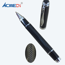 цена Free shipping Classic Popular Carbon Fiber Roller Pen онлайн в 2017 году