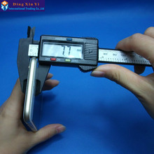Cheaper 6 Inch 0-150mm plastic Vernier Calipers Carbon Fiber Composites LCD Vernier Digital Guage Caliper