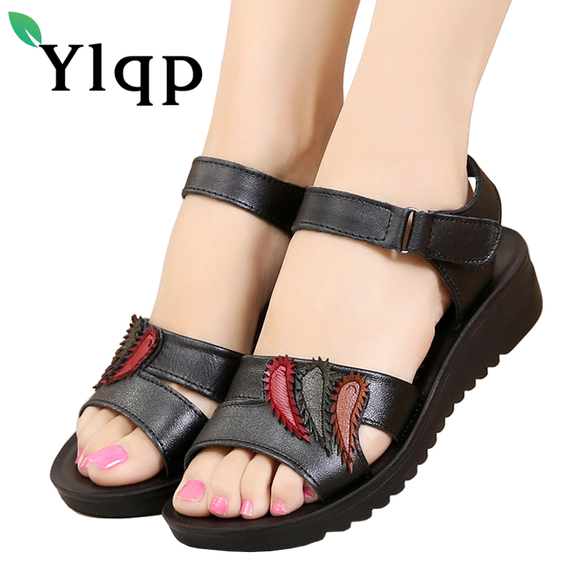 Ylqp 2018 Summer Mother Casual Flat Bottoms Summer Shoes Women Genuine Leather Soft Soles Leisure Sandals Lady Cool Beach Shoes ylqp women s genuine leather sandals shoes summer soft bottom comfortable flat bottomed mother sandals hollowed out ladies shoes