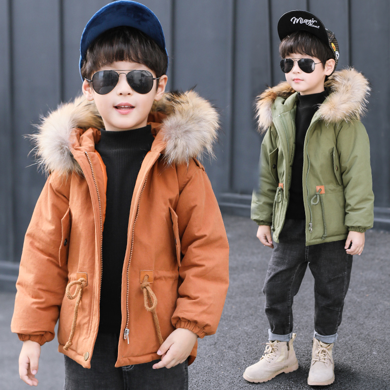 Children's winter cotton padded big fur clothes 2018 thickening warm hooded jacket down feather cotton suit long hooded coats 2017 new women winter jacket down hooded thickening super warm short coat long sleeve slim big yards cotton padded clothes nz357