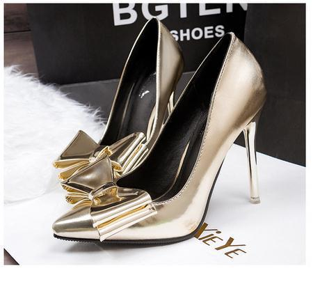 Fashion silver pointed toe metal shiny high heeled shoes bow thin heels  single shoes gold wedding shoes bride shoes-in Women s Pumps from Shoes on  ... a21dd2a64d3f