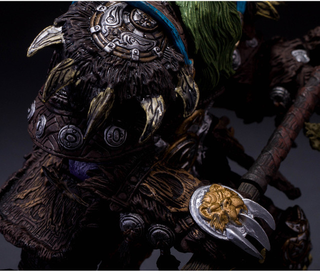 [Funny] Collection 22cm WOW Online Game Night Elf Druid Broll Bearmantle Figure Figurine model Toy Exquisite Collectible Gift  1