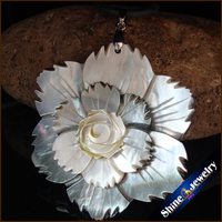 Natural Large Mother of Pearl Sea Shell Carving Gems Beads Pendant Wholesale lot Hand-carved Vintage Art Necklace for Women S086