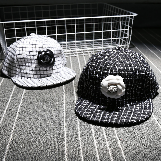 dfd8c4568e1 White Black Check Pattern Fashion Camellia Flower Cap Girl Color Patching  Snapback Hat Woman Casual Baseball Cap Adjustable Hat