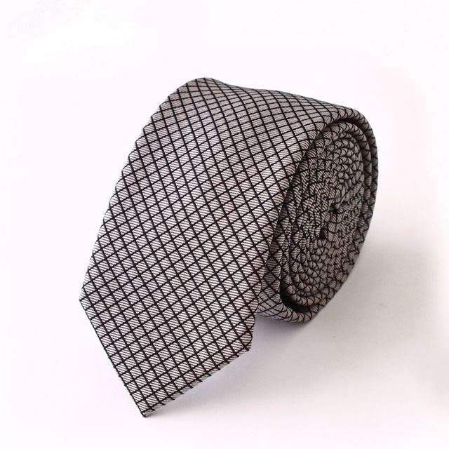 De alta Calidad 2016 A Estrenar Lazos Corbata de Los Hombres de Negocios de Lujo para hombres de La Manera Delgada Ocasional Del Lazo 6 cm Corbatas Para Hombre Hombres Corbata de Seda