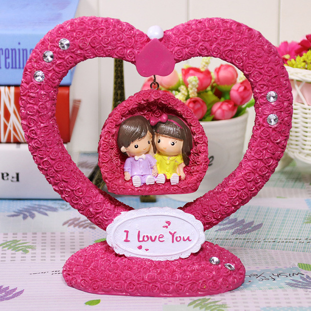 free shipping pink rose flower heart couple play on the swings for home hotel office decoration